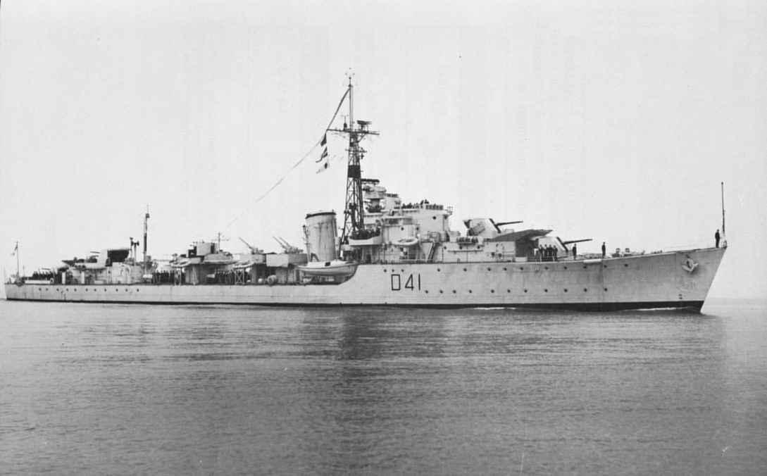 HMCS Algonquin, destroyer