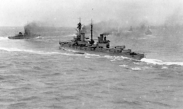 http://www.naval-history.net/PhotoWW1-01bbAgincourt2MQ.JPG