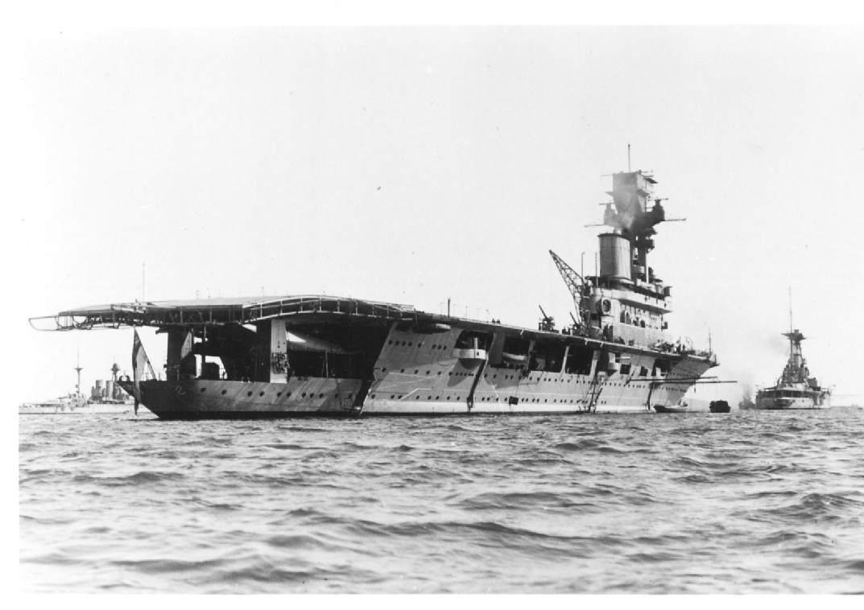 hms hermes  british aircraft carrier  ww2
