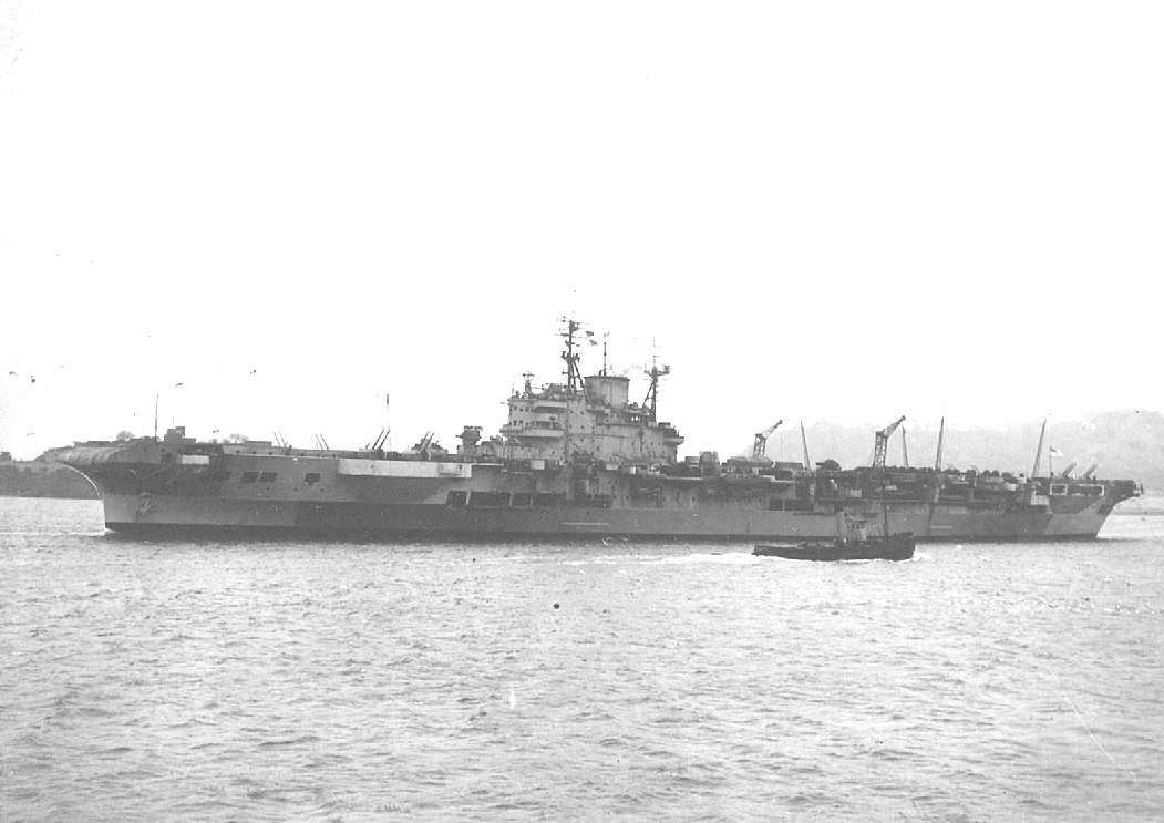HMS Illustrious, British fleet carrier, WW2