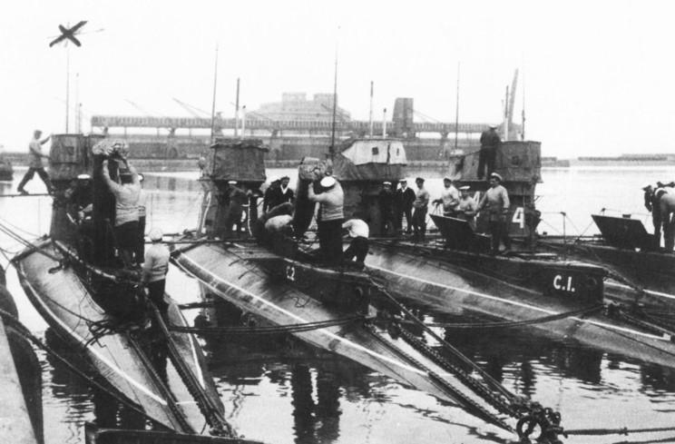 Royal Navy ships of World War 1, based on British Warships